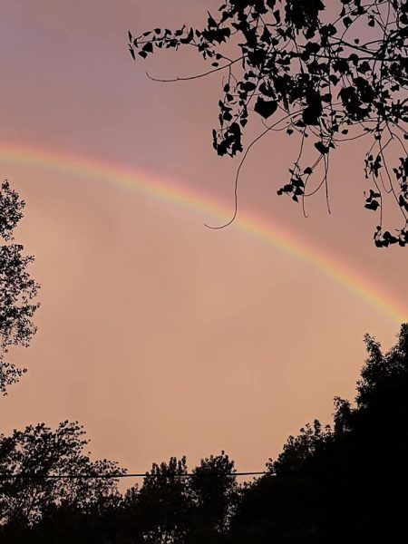 arco iris en la costa